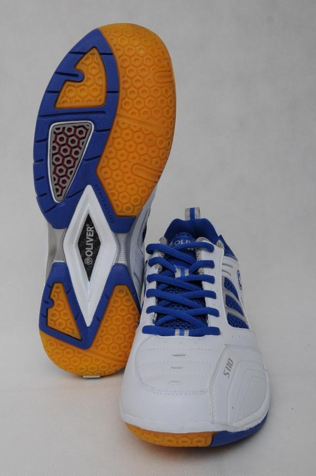 Popis  Oblíbená sálová obuv OLIVER S 110 splňuje veškeré požadavky hráče s  vysokými nároky. Je vyrobena z kvalitní syntetické kůže ccb22929f0